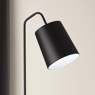 black contemporary floor lamp mayfield lamps davoluce lighting. Black Bedroom Furniture Sets. Home Design Ideas