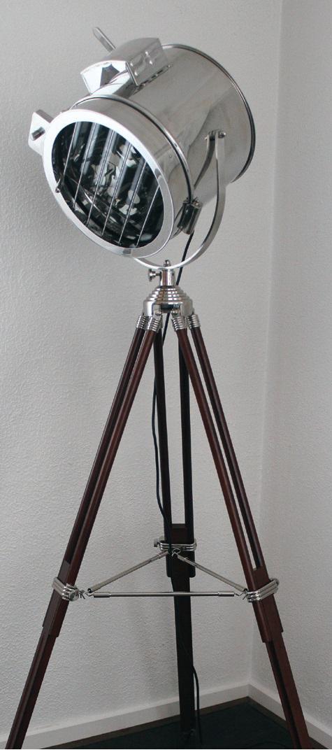 Flsigbla Flsigbro Signal Tripod Floor Lamp Davoluce