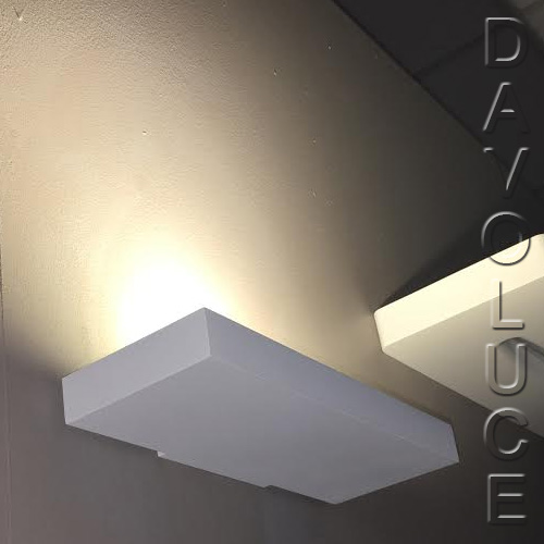 Ceiling Wall Washer Lights : Lucitalia Milano ZERO 0 17W LED Wall Uplight From Davoluce Lighting